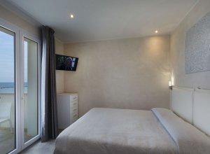 Camera da letto trilocale 201