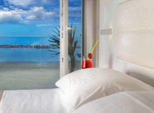 particolare camere da letto fronte mare